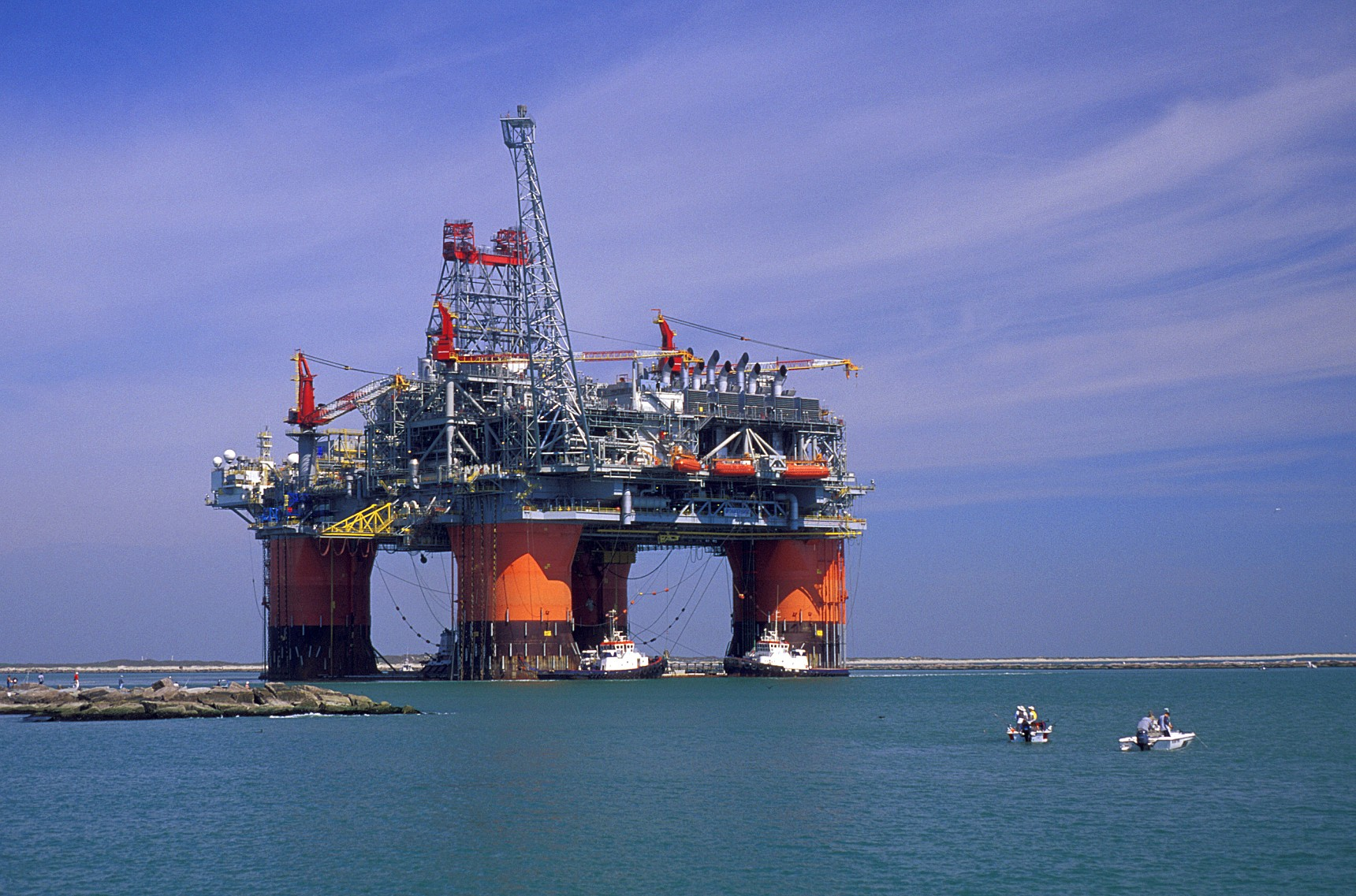 MECEI OIL & GAS WORLD MAGAZINE - مجلة عالم النفط والغاز